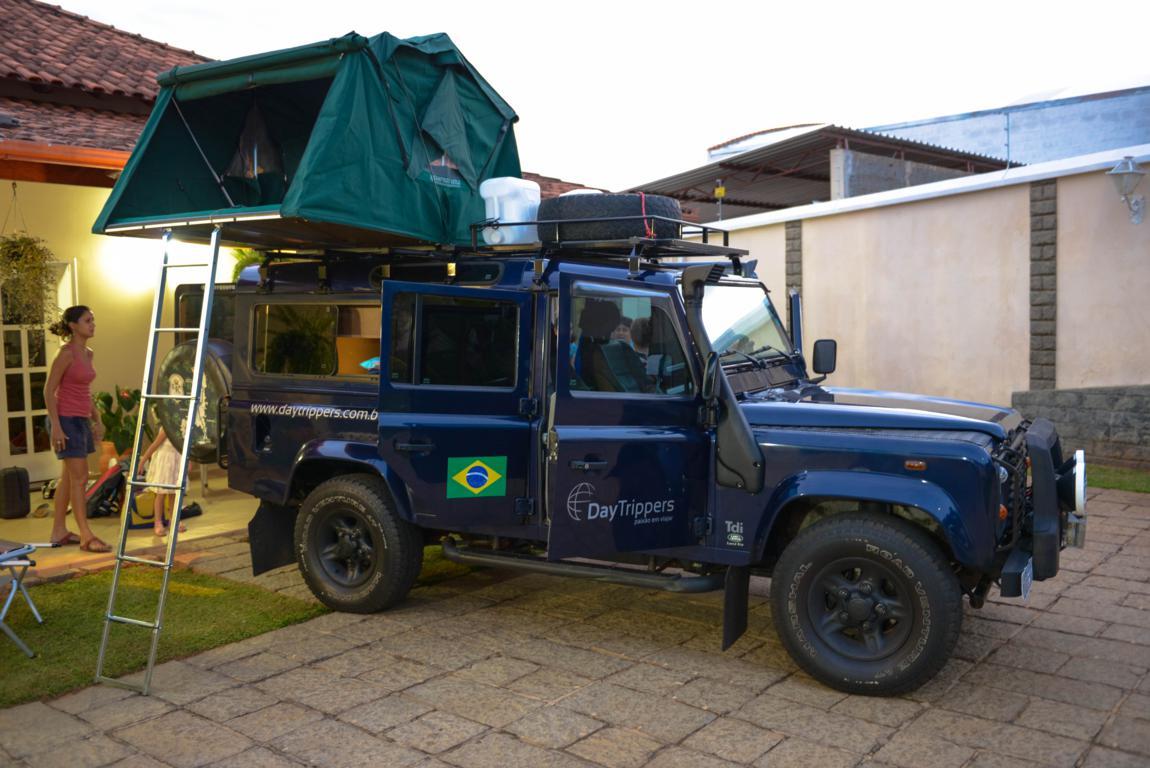 Land Rover Defender: Equipando O Carro Para Expedição De Volta Ao Mundo